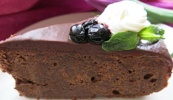 Торт шоколадно-миндальный без глютена Венский