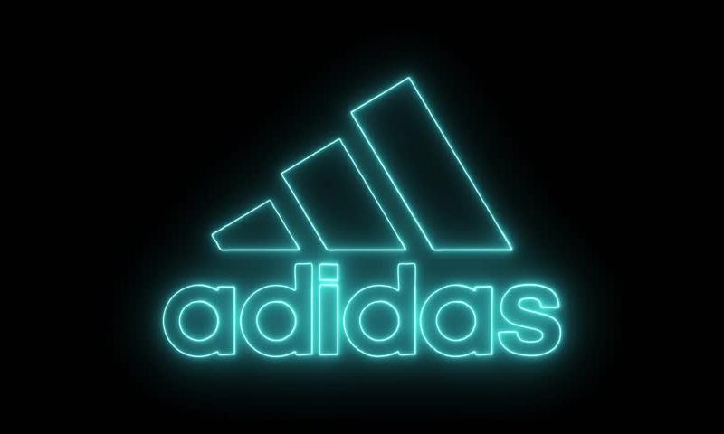 Сначала дети — потом Adidas