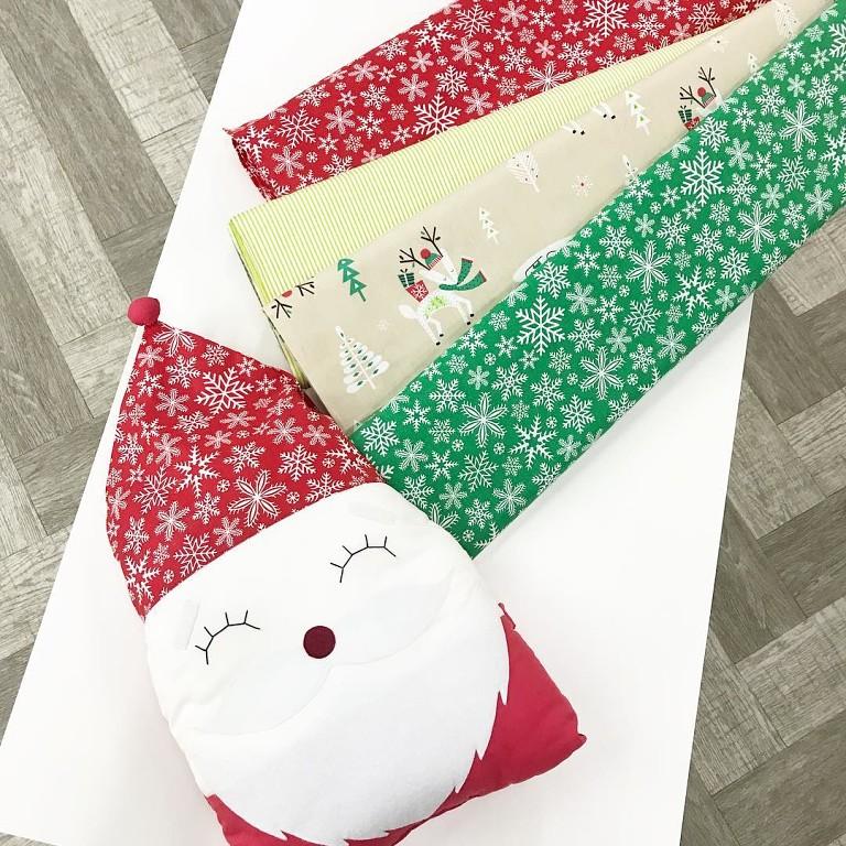 Купить ткани с новогодними принтами