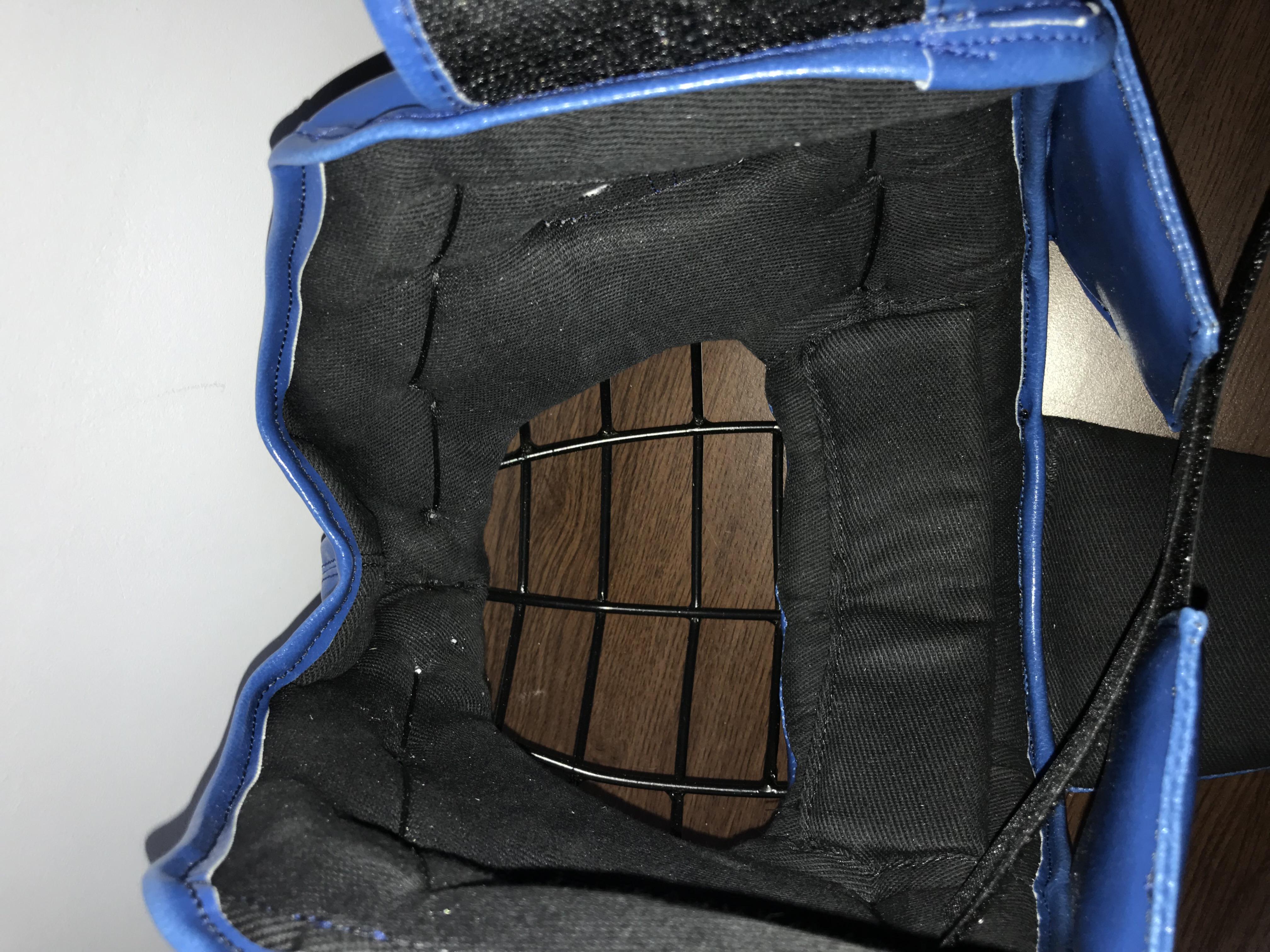 внутренняя часть шлема леоспорт