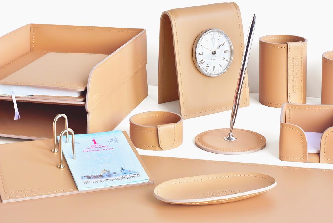 дизайн рабочего места руководителя - кожаный органайзер
