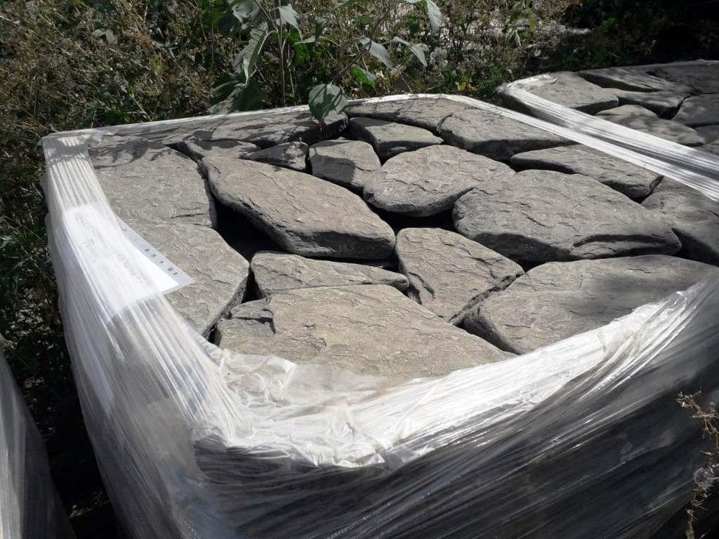 Песчаник галтованный ручейник Дракон серый толстый чешуйчатый