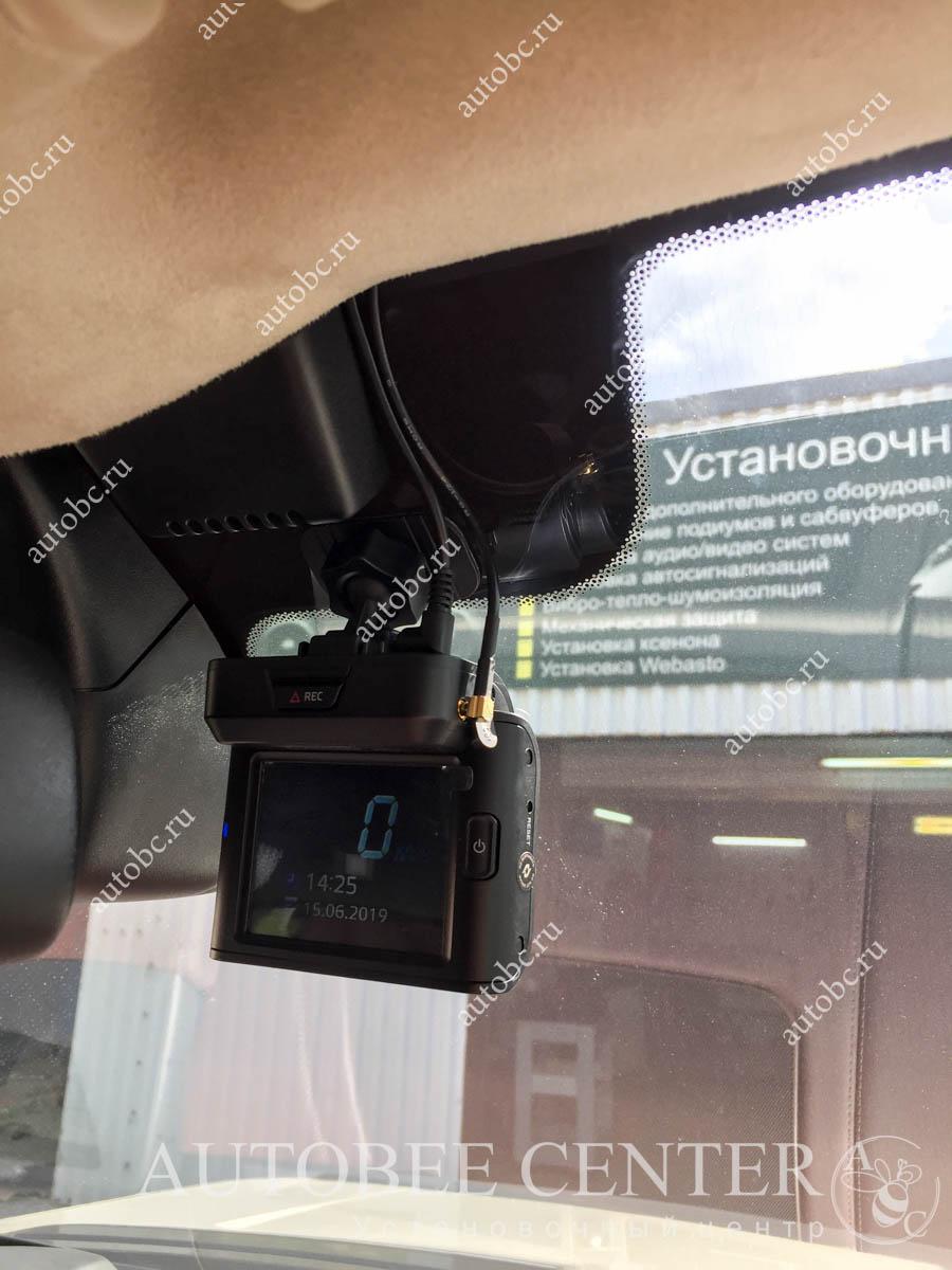 Range Rover Vogue (установка разнесенного радар детектора)