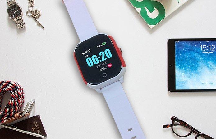 Детские часы с GPS трекером Smart Baby Watch GW700S Водонепроницаемые