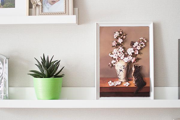 Готовая оформленная папертоль Paperlove Котенок и весна в интерьере.