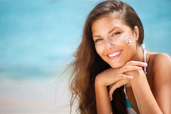 Вспомогательные уходы за кожей от солнечных лучей