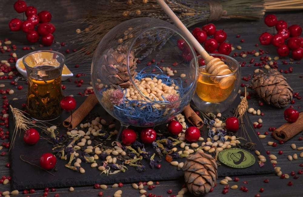 Кедровые орехи купить в Москве