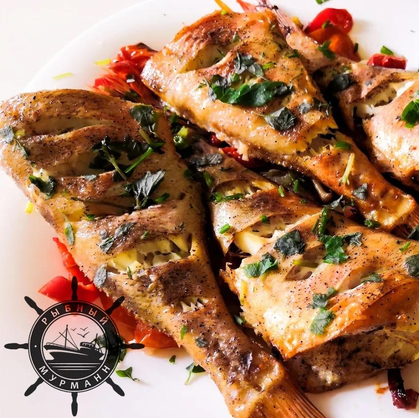 Морской окунь в духовке с помидорами - от Рыбного Мурманна!