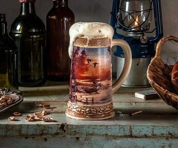 Высокие бокалы для пива