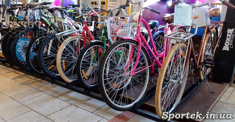 Велосипеды в магазине Дом спорта на Соборной (Советской)