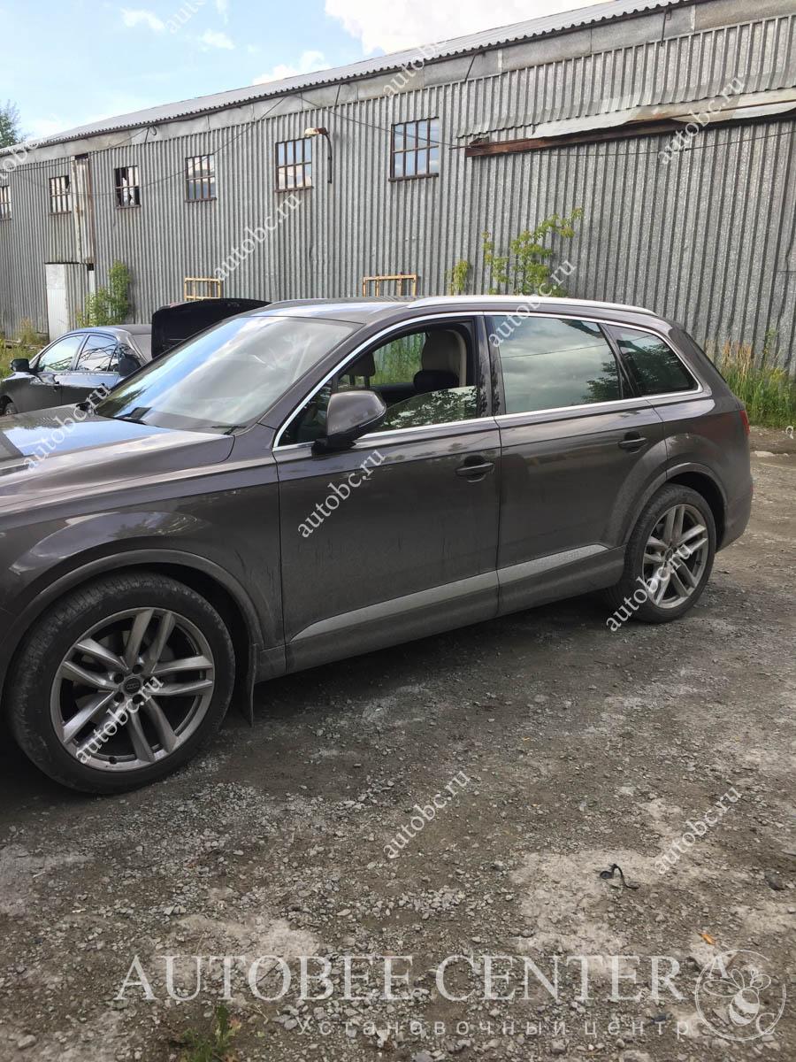 Audi Q7 (установка NeoLine R750)