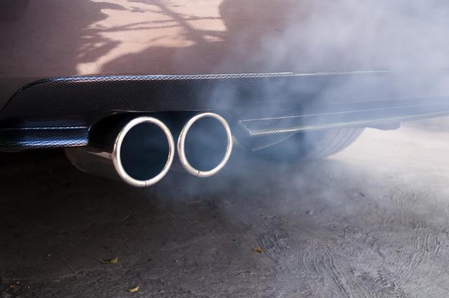 Синий дым из трубы BMW x3