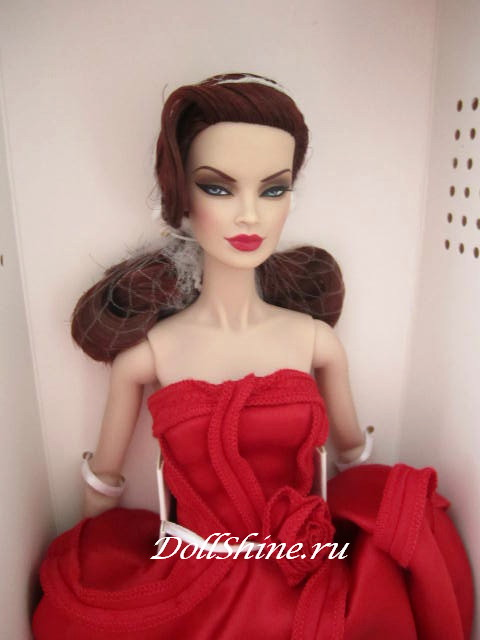 Veronique_Perrin_Velvet_Rouge_doll.jpg