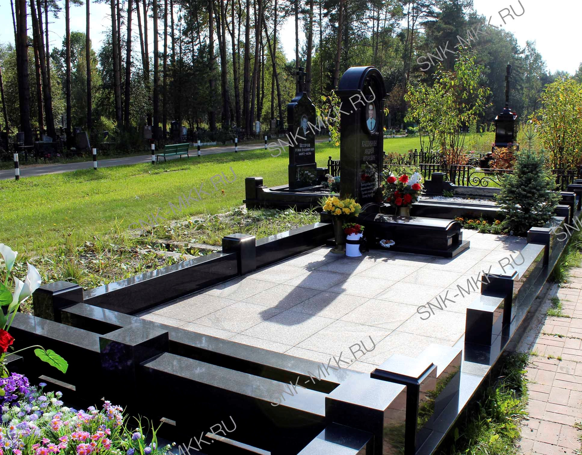 гранитная плитка на могилу мемориал цена