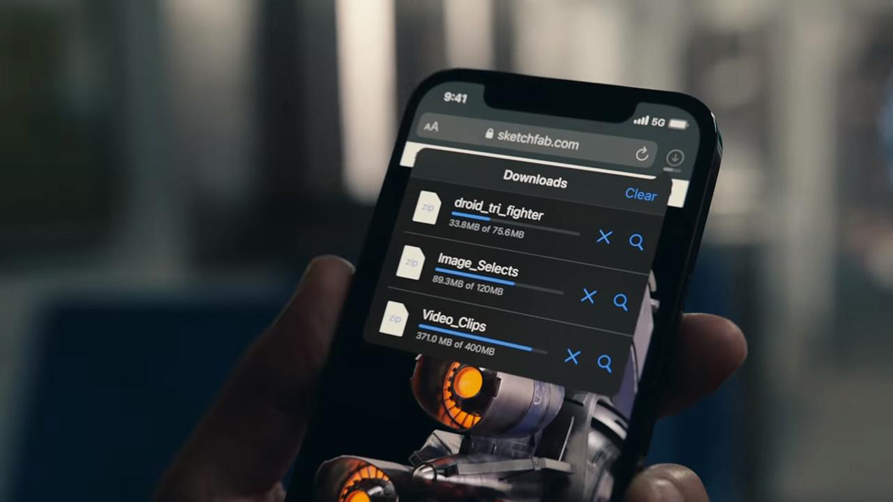 В iPhone Pro OLED экран Super Retina XDR