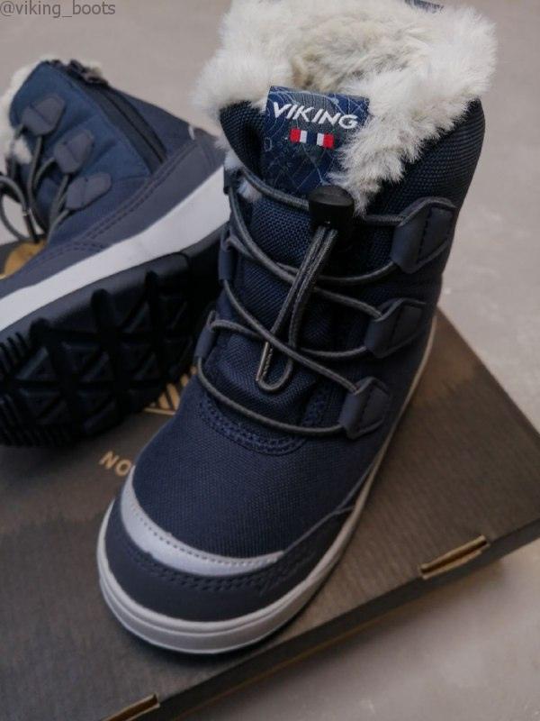 Ботинки Viking Montebello GTX Navy купить в синем цвете (сезон 2020-2021) можно для мальчиков и девочек.