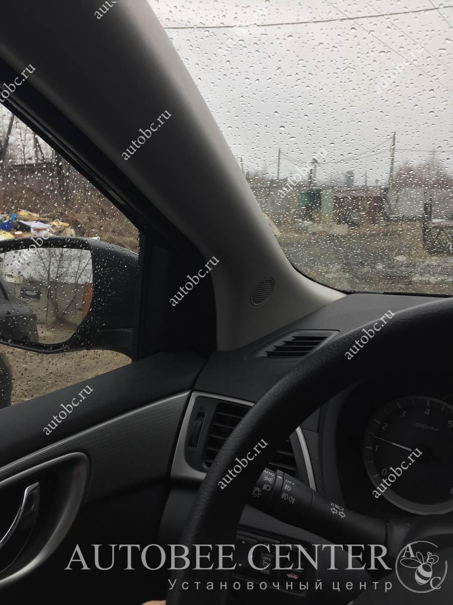 Nissan Sentra (подиумы под пищалки)