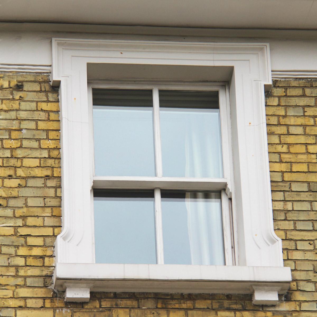 Обрамление окна в английском доме