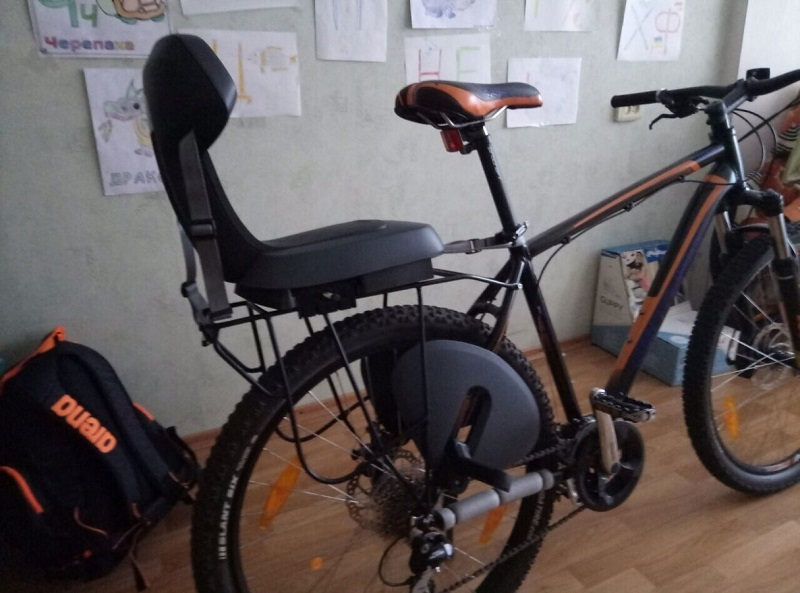 Крепление велокресла к багажнику