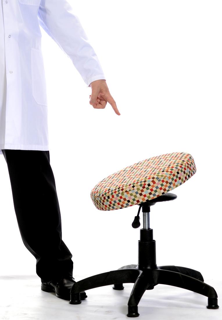 Оригинальный ортопедический стул для школьника видео телеканала Твой Дом передача ЯЖМАТЬ