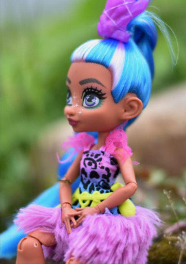 Кукла Телла (Cave Club) с длинными голубыми волосами