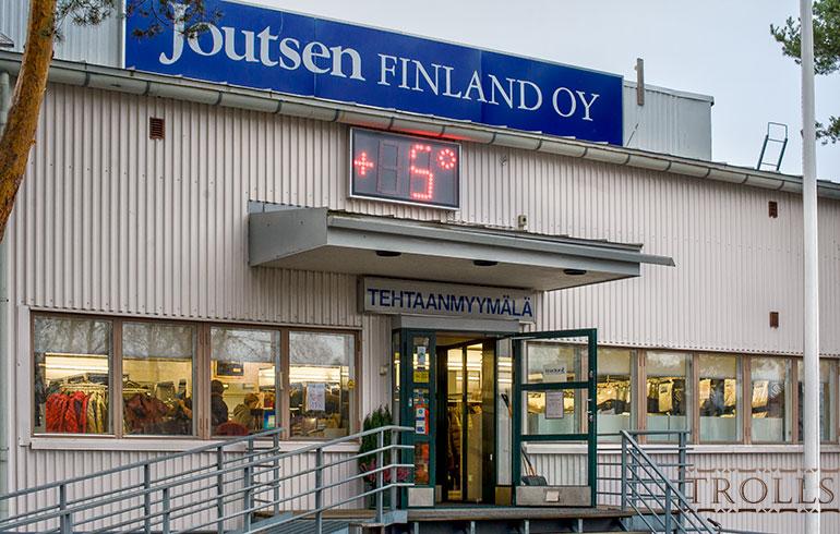 Фирменный магазин Joutsen при фабрике в Риихимяки