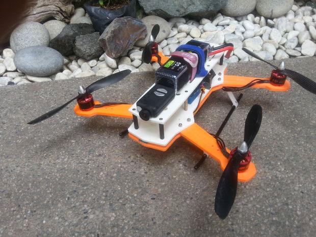 Модель дрона для печати на 3д принтере