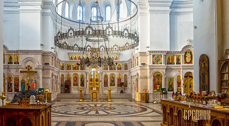 Иконостас Троицкого храма в селе Щурово