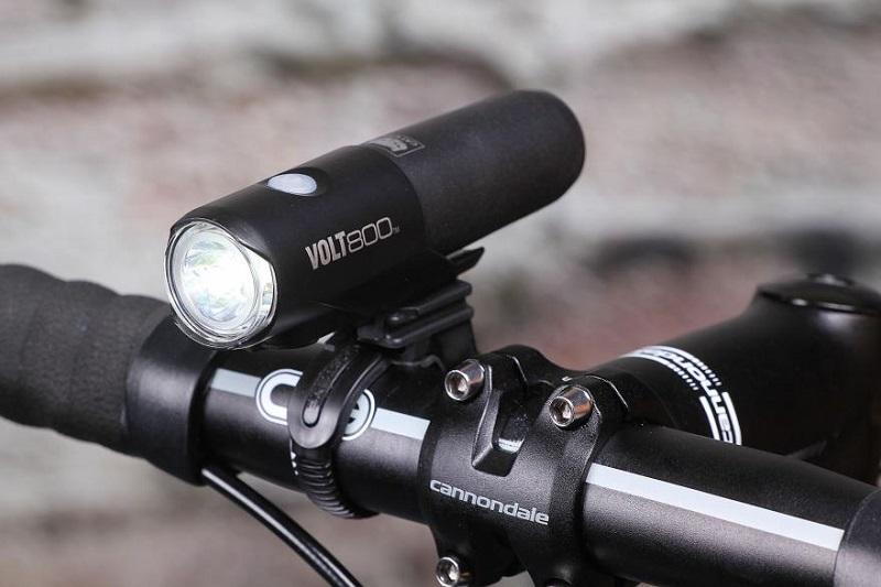 Велосипедный фонарь CatEye volt 800