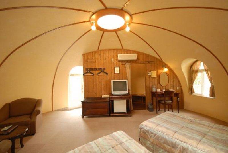 интерьер купольного дома  из пенопласта