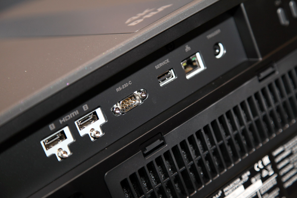 4K проектор JVC DLA-N7B