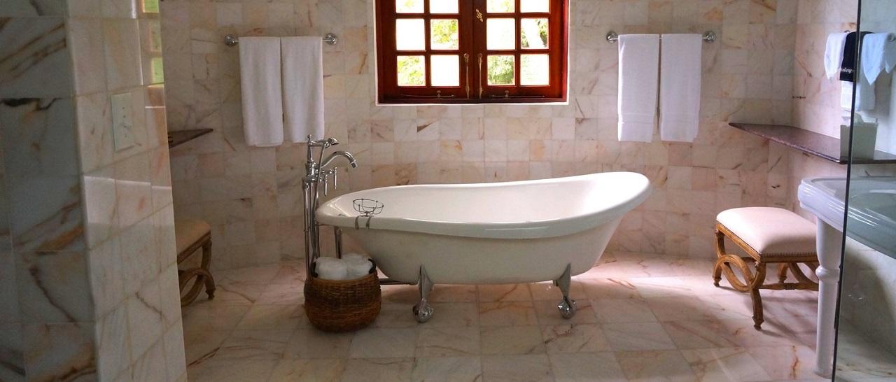 Какие бывают чугунные ванны