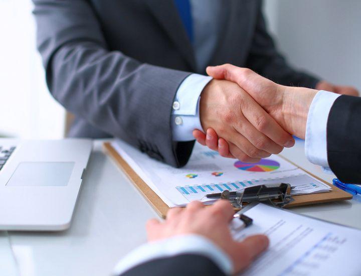 Страховые агенты-физические лица имеют свободный график работы