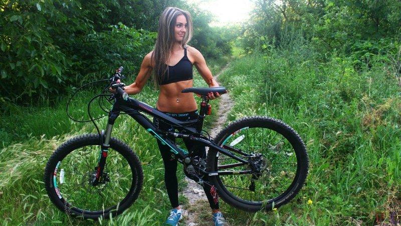 В чем ездить на велосипеде на работу девушке клин работа для девушек