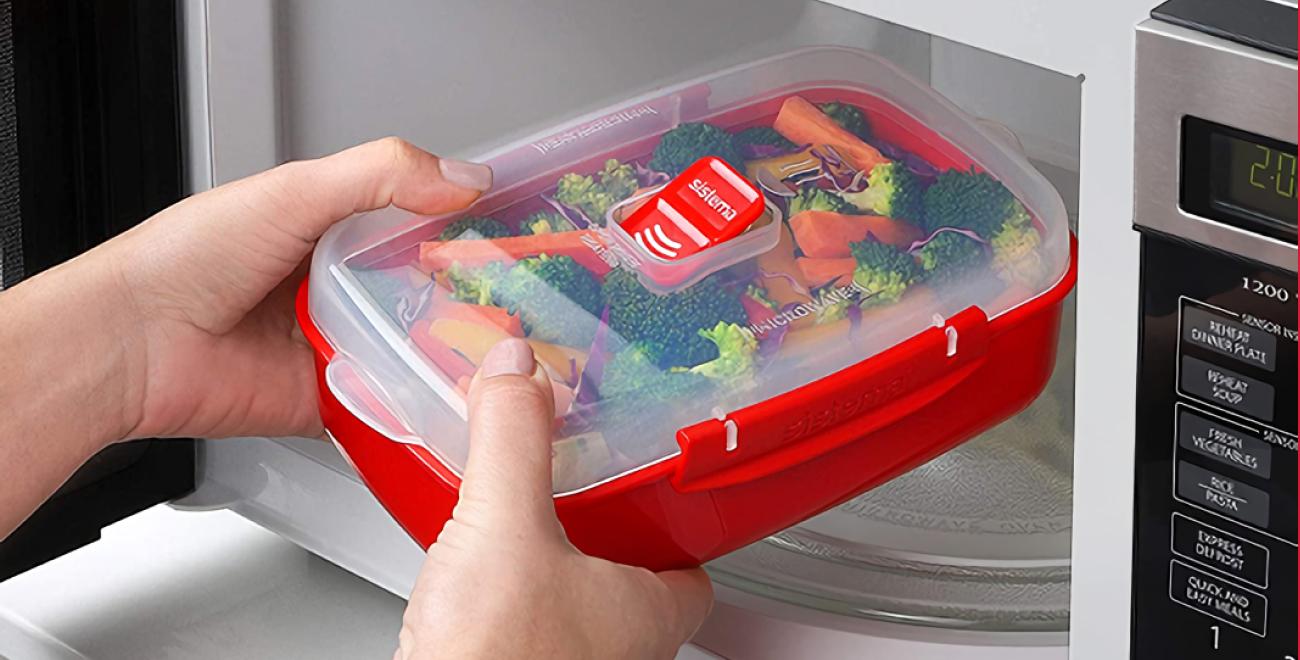 Microwave - крышка с отверстием для выпуска пара