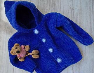 вязаная детская куртка из велюра
