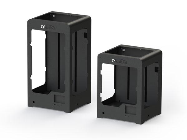 Литой стальной корпус обеспечивает стабильную, устойчивую работу иболее длительный срок эксплуатации. Первая партия 3D-принтеров CreatBot проработала 5 лет и более 8000 часов.
