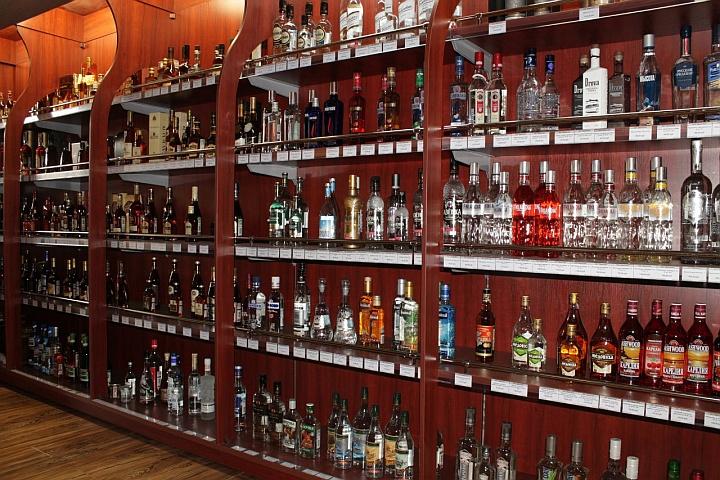 Торговля крепким алкоголем индивидуальным предпринимателям запрещена