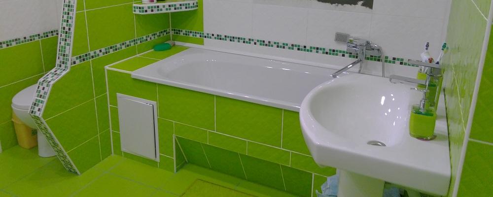 Экран для ванны с облицовкой керамической плиткой с люком