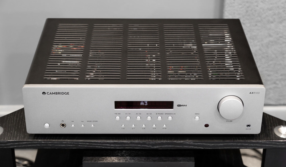 Стереоресивер Cambridge Audio AXR100