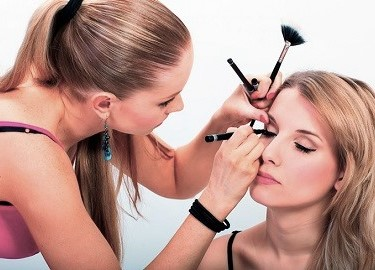 опасности салонов красоты