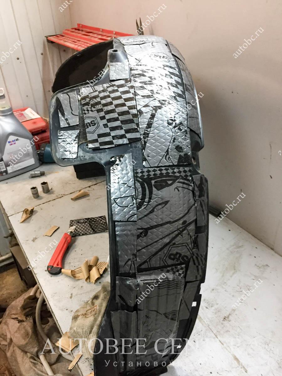 Kia Ceed SW (шумоизоляция колесных арок)