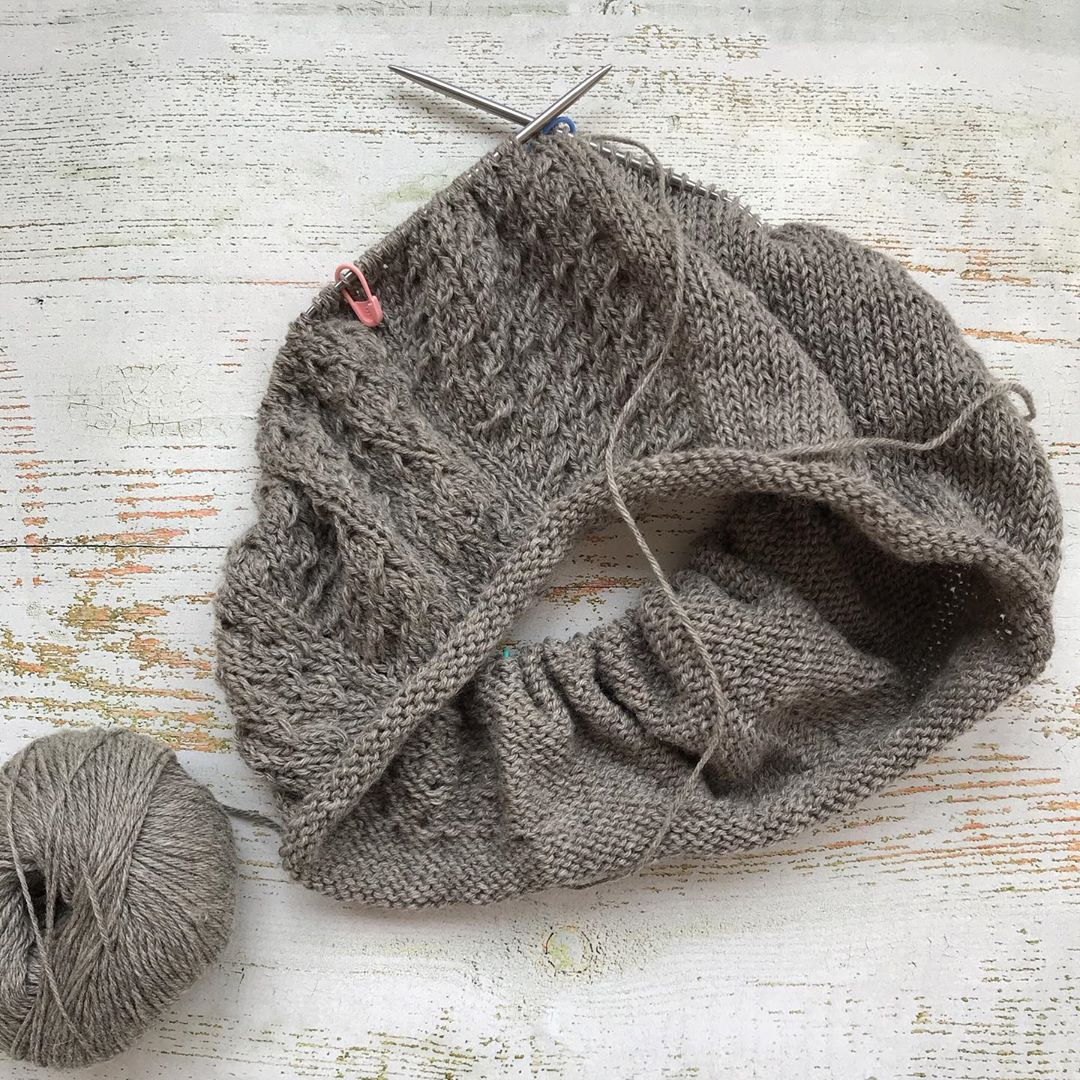 свитер из пряжи sarlag
