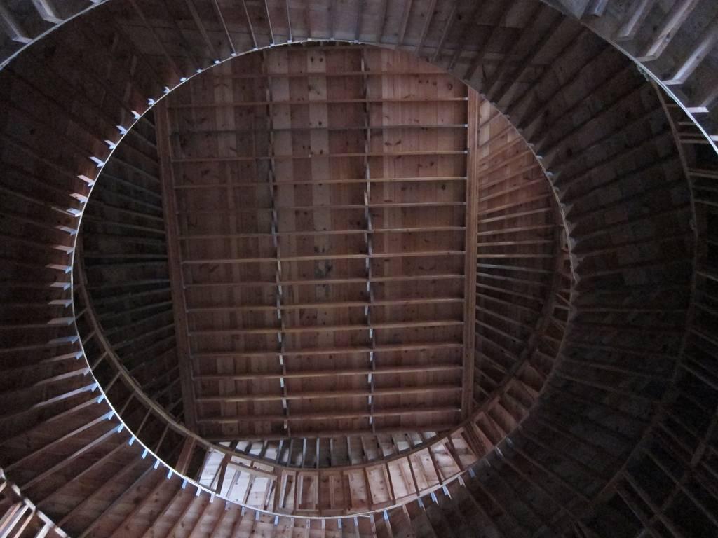 Купольный отель внутри