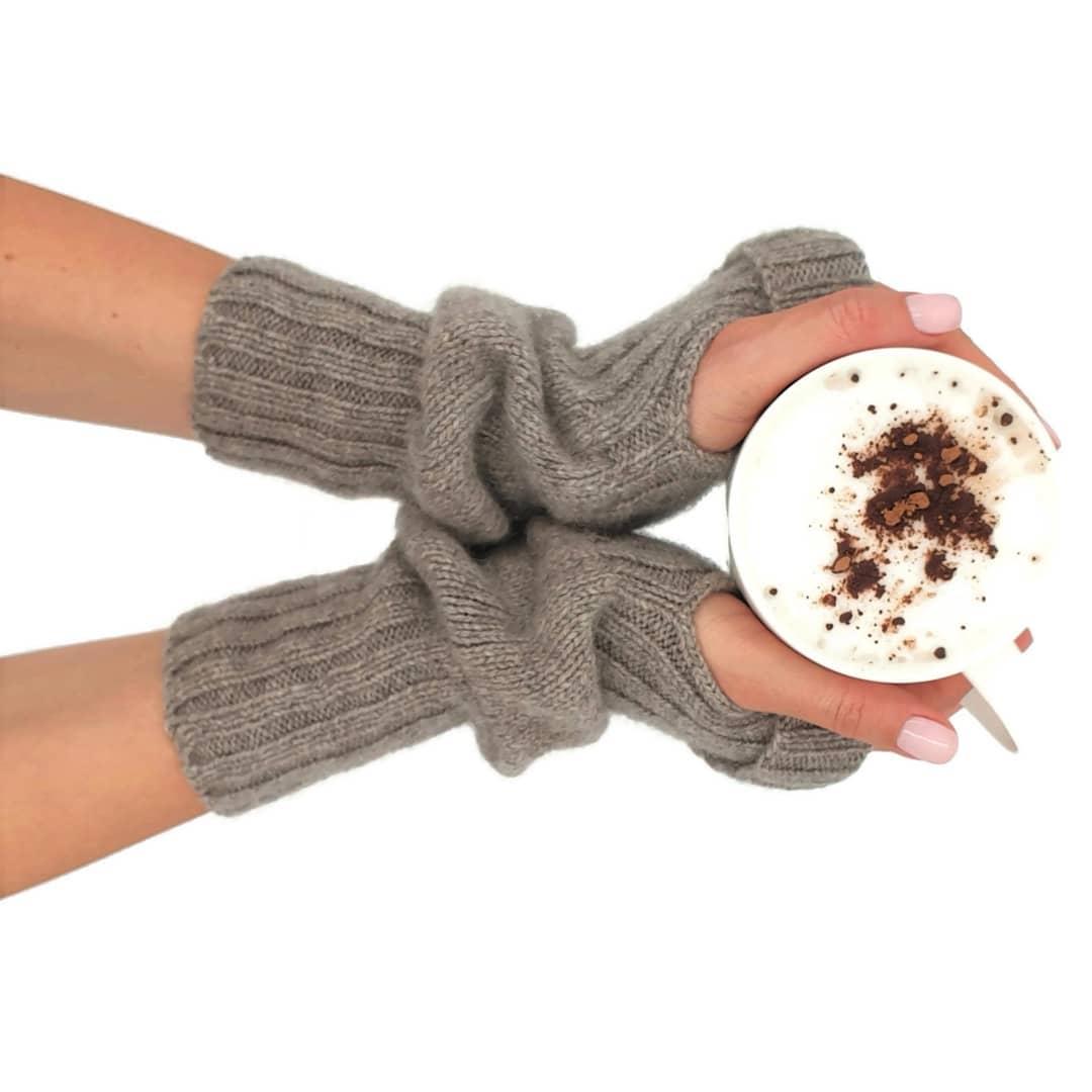 перчатки из пряжи сарлаг пух яка