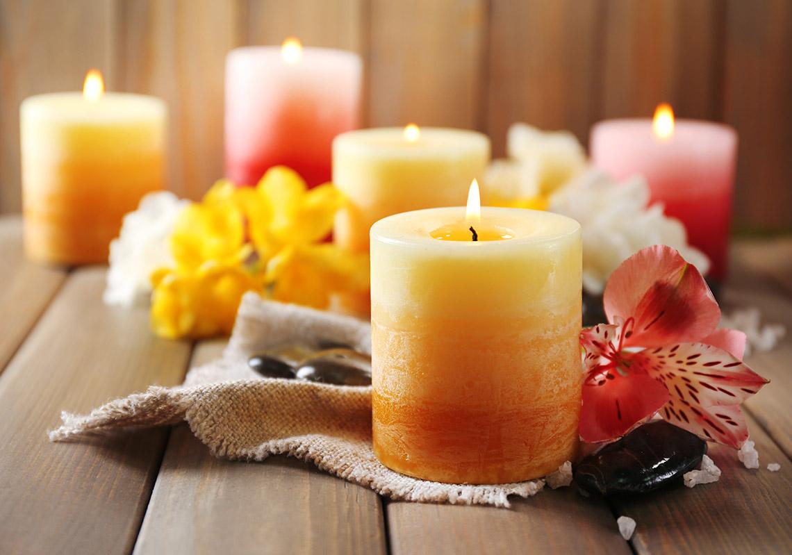 Высокие ароматические свечи