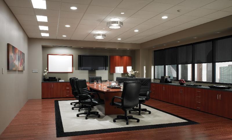 Моторизованные шторы для офиса QMotion