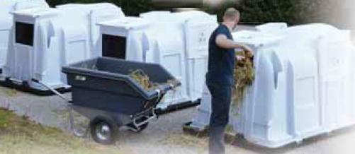 Люк (отверстие) доступа с вентиляционной заслонкой для домика для телят XXL