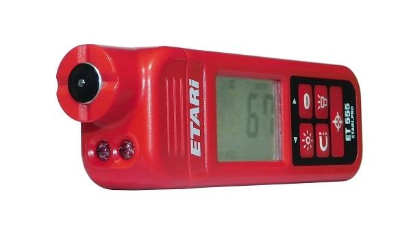 Внешний вид немецкого толщиномера Etari ET 555