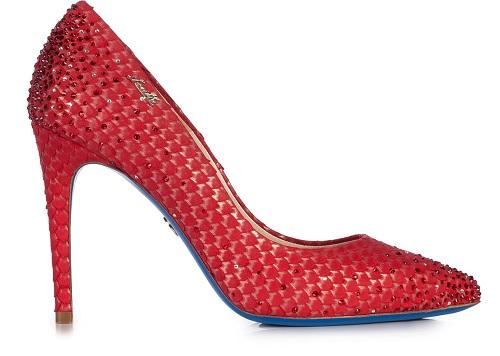 Итальянские туфли красного цвета